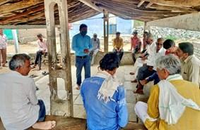सोयाबीन बीज की उपलब्धता निश्चित करने के लिए गांव-गांव पहुंच रहा कृषि विभाग