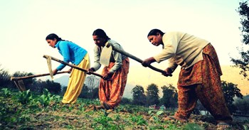By mobilizing ten to ten rupees these women are doing today by cultivating 4 million
